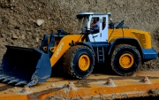 RC4WD 1/14 Scale Radlader 870K Hydraulic Wheel Loader RTR gelb